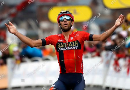 Italy's Vincenzo Nibali celebrates as he crosses the finish line to win the twentieth stage of the Tour de France cycling race over 59,5 kilometers (36,97 miles) with start in Albertville and finish in Val Thorens, France