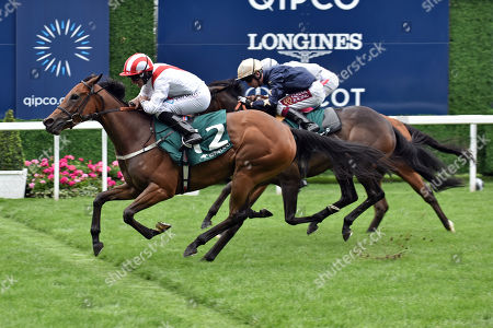 , Ascot, Under the Stars with Patrick McDonald up wins the Keeneland Stakes at Ascot racecourse, GB.