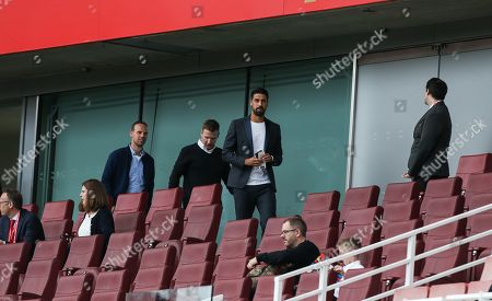 Sami Khedira seen in the stands before kick off