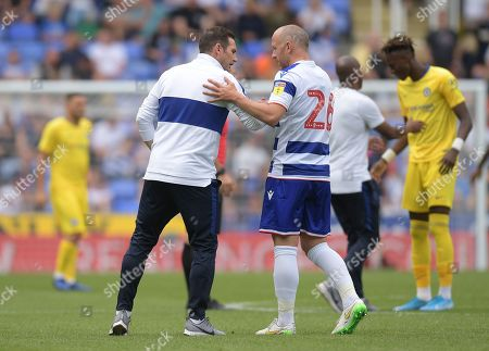 Chelsea Manager Frank Lampard talks with Charlie Adam of Reading