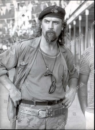 Comedian - Billy Connolly 1984 The Making Of The Film 'water' On The Island Of St. Lucia Starring Michael Caine Leonard Rossiter Billy Connolly And Fulton Mckay....comedian