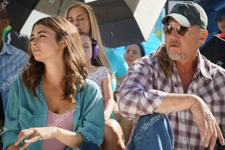 Allison Paige as Sophie Bennett and Trace Adkins as Cal Bennett