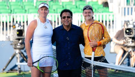 Coco Vandeweghe of the United States & Marie Bouzkova of the Czech Republic before their first round match