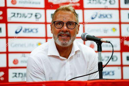 Vissel manager Thorsten Fink