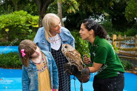 Linda Robson with an owl