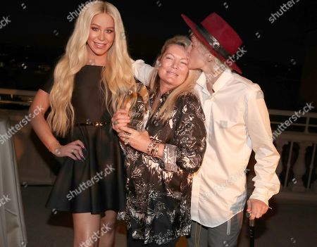Gigi Gorgeous, Ariadne Getty and Nats Getty