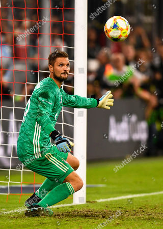 Bayern Munich's goalkeeper Sven Ulreich in action during the penalty shootout of the Audi Cup final soccer match between Tottenham Hotspur and Bayern Munich in Munich, Germany, 31 July 2019.