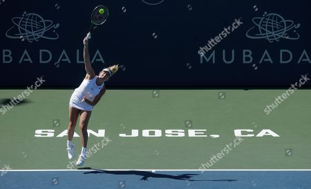 CoCo Vandeweghe, of the United States, serves to Aryna Sabalenka, of Belarus, during the Mubadala Silicon Valley Classic tennis tournament in San Jose, Calif