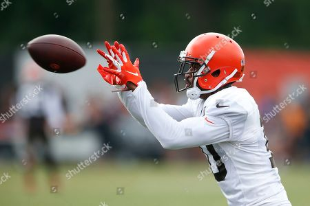 Cleveland Browns wide receiver Jaelen Strong (10) catches a pass during practice at the NFL football team's training facility, in Berea, Ohio