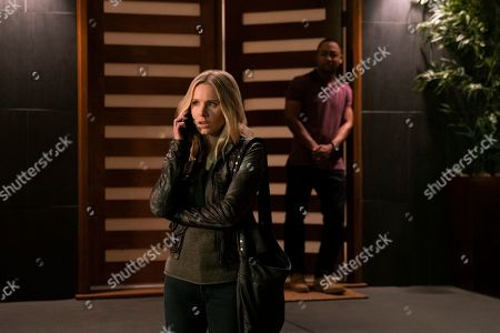 Kristen Bell as Veronica Mars and Percy Daggs III as Wallace Fennel