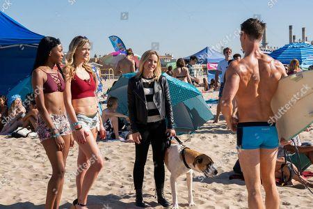 Ashleigh Morghan as Lisa, April Nelson as Renee, Kristen Bell as Veronica Mars and Jason Dohring as Logan Echolis