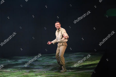 James McArdle who plays Peter Gynt