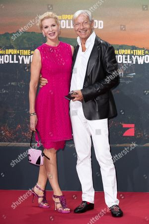 German media psychologist Jo Groebel (R) and wife Grit Weiss pose during the German premiere of 'Once Upon a Time in... Hollywood' in Berlin, Germany, 01 August 2019. The movie opens in German cinemas on 15 August.