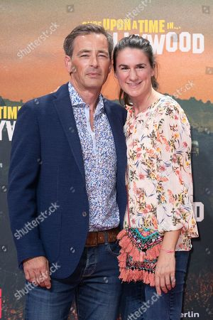 Jan Sosniok (L) and wife Nadine Moellers pose during the German premiere of 'Once Upon a Time in... Hollywood' in Berlin, Germany, 01 August 2019. The movie opens in German cinemas on 15 August.