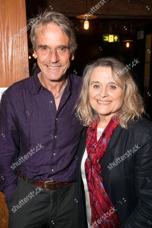 Jeremy Irons and Sinead Cusack (Elzebe)