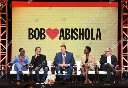 Billy Gardell, Folake Olowofoyeko, Chuck Lorre, Al Higgins and Gina Yashere