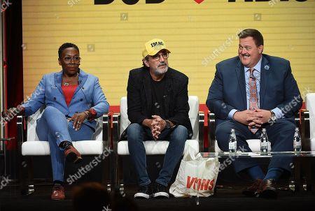 Billy Gardell, Chuck Lorre and Gina Yashere