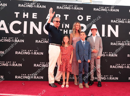 Grace Avery Costner, Kevin Costner, Cayden Wyatt Costner, Christine Baumgartner, Hayes Logan Costner