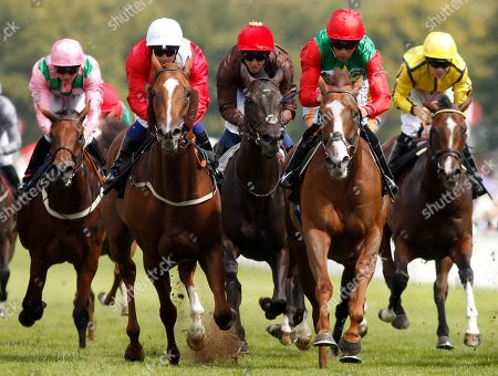 BILLESDON BROOK (right, Sean Levey) beats PERFECTION (left) in The Theo Fennell Oak Tree Stakes Goodwood
