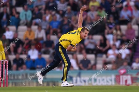 Chris Morris of Hampshire bowling during the Vitality T20 Blast South Group match between Hampshire County Cricket Club and Glamorgan County Cricket Club at the Ageas Bowl, Southampton