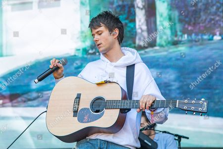 Alec Benjamin performs on day two of Lollapalooza in Grant Park, in Chicago
