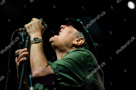 John Popper of Blues Traveler performs on stage at the Coca-Cola Roxy, in Atlanta