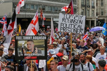 Supporters of Stephen Yaxley-Lennon, known as Tommy Robinson demonstrate in central London demanding to free him