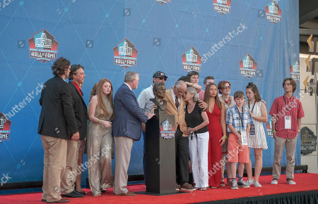 rd, Johnny Robinson and family during the Pro Football Hall of Fame Enshrinement in Canton, OH