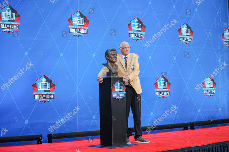 rd, Johnny Robinson during the Pro Football Hall of Fame Enshrinement in Canton, OH