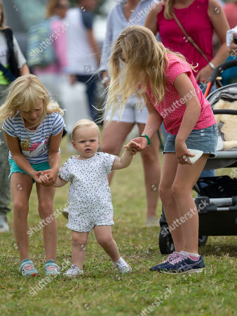 Lena Elizabeth Tindall with cousins Isla Phillips and Savannah Phillips
