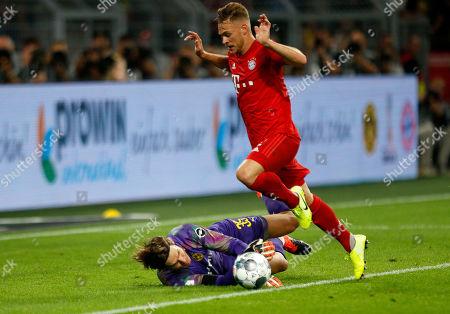 Dortmund, Germany, DFL-Supercup, Borussia Dortmund : FC Bayern Muenchen 2-0 03. 08. 2019 im Signal-Iduna Park in Dortmund. goalkeeper Marvin HITZ (BVB) - and Joshua KIMMICH (FCB) -