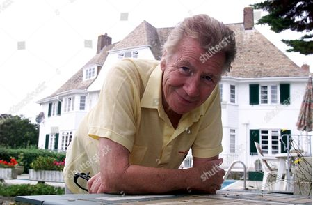 Max Bygraves Pictured At His Bournemouth Home.