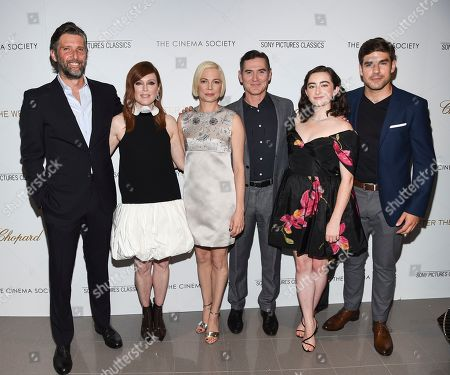 "Bart Freundlich, Julianne Moore, Michelle Williams, Billy Crudup, Abby Quinn, Alex Esola. Director Bart Freundlich, from left, poses with actors Julianne Moore, Michelle Williams, Billy Crudup, Abby Quinn and Alex Esola at a special screening of ""After the Wedding,"" hosted by Chopard with Sony Pictures Classics and The Cinema Society, at the Regal Essex, in New York"