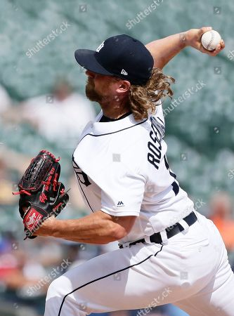 Detroit Tigers' Trevor Rosenthal (19) pitches against the Chicago White Sox during the eighth inning of a baseball game, in Detroit. rosenthal was designated for assignment following the Tigers 8-1 loss to the White Sox