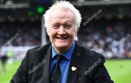 Rodney Marsh interview on the pitch