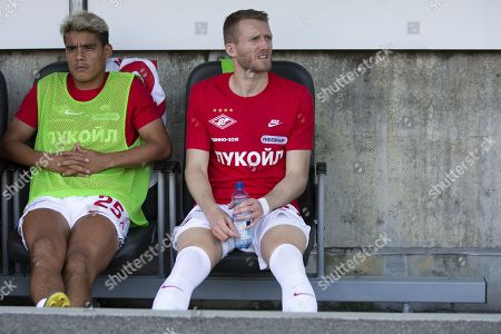 Spartak's Andre Schurrle (R) and teammate Lorenzo Melgarejo prior to the UEFA Europa League third qualifying round, first leg, soccer match between FC Thun and Spartak Moscow at the Stockhorn Arena in Thun, Switzerland, 08 August 2019.