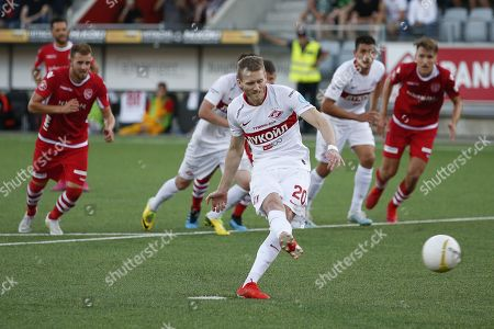 Spartak's Andre Schurrle misses a penalty during the UEFA Europa League third qualifying round, first leg, soccer match between FC Thun and Spartak Moscow at the Stockhorn Arena in Thun, Switzerland, 08 August 2019.