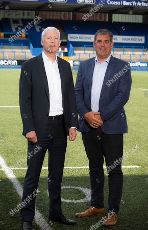 Andrew Williams with Cardiff Blues Chief Executive Richard Holland
