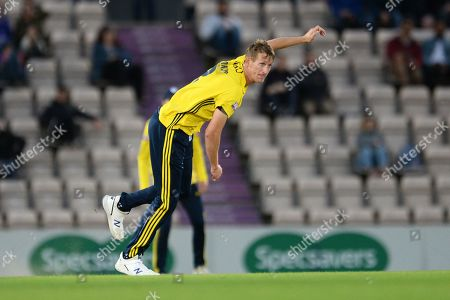 Chris Morris of Hampshire bowling during the Vitality T20 Blast South Group match between Hampshire County Cricket Club and Somerset County Cricket Club at the Ageas Bowl, Southampton