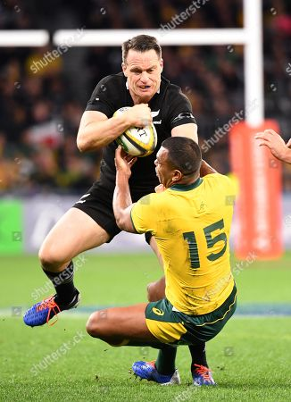 Ben Smith of the All Blacks runs over the top of Kurtley Beale of the Wallabies during the Bledisloe Cup match between the Australian Wallabies and the New Zealand All Blacks at Optus Stadium in Perth, Australia, August 10, 2019.