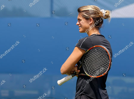 Stock Picture of Former world Number One and two times Grand Slam champion Amelie Mauresmo (FRA) practices with Andy Murray (GBR) ahead of the Western & Southern Open, Cincinnati