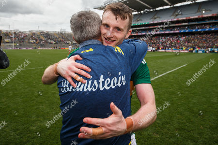 Kerry vs Tyrone. Kerry manager Peter Keane celebrates after the game with Tom O'Sullivan