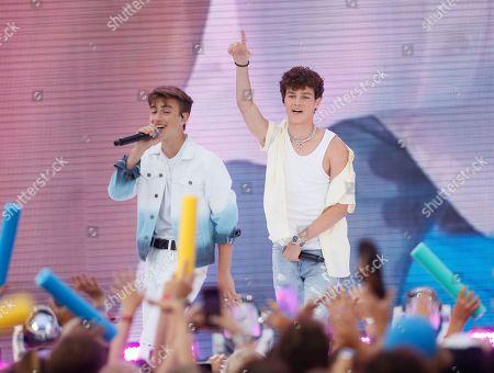 Hayden Summerall, Johnny Orlando. Hayden Summerall, right, and Johnny Orlando perform at the Teen Choice Awards, in Hermosa Beach, Calif