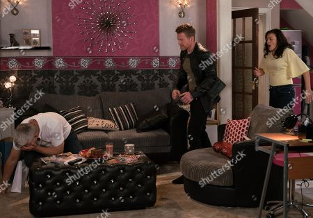 Ep 9845 Monday 12th August 2019 - 1st Ep Robert Preston, as played by Tristan Gemmill, takes Vicky, as played by Kerri Quinn, on a shopping trip but is frustrated when they get home and Jed, as played by Branwell Donaghey, and Tyler arrive. Robert is scathing and Jed punches him knocking him out.