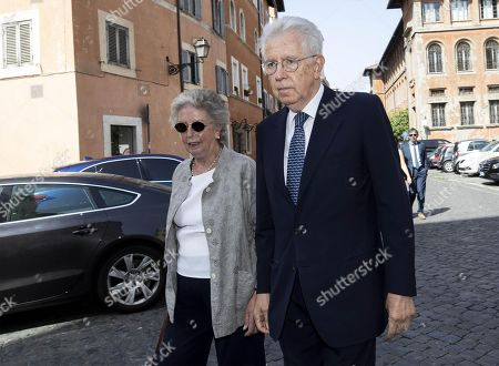 Italian former prime minister Mario Monti (R) and his wife, Elsa Antonioli, attend the funeral service of late Italian banker Fabrizio Saccomanni, in Rome, Italy, 12 August 2019. UniCredit chairman Fabrizio Saccomanni died on 08 August 2019 at the age of 76.