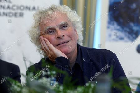 Stock Image of British orchestra conductor Sir Simon Rattle addresses a press conference in Santander, Spain, 12 August 2019. Rattle is directing the London Symphony Orchestra in concerts held as part of the Santander International Festival on 11 and 12 August.