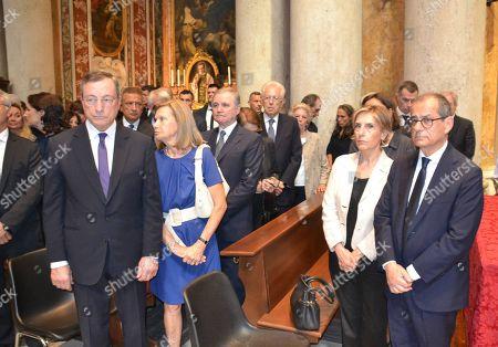 Mario Draghi, Ignazio Visco, Mario Monti, Giovanni Tria and wives