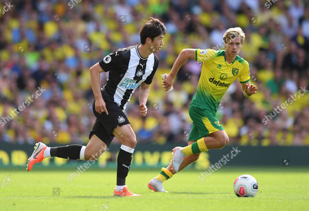 Ki Sung-yueng of Newcastle United and Todd Cantwell of Norwich City