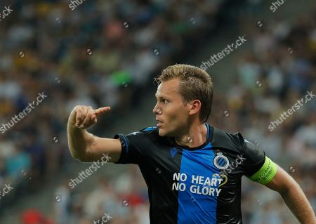 Ruud Vormer of Brugge celebrates his goal together with teammates during the UEFA Champions League third qualifying round, second leg soccer match between FC Dynamo Kyiv and Club Brugge FC in Kiev, Ukraine, 13 August 2019.