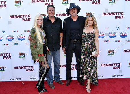 Gwen Stefani, Blake Shelton, Trace Adkins and Victoria Pratt